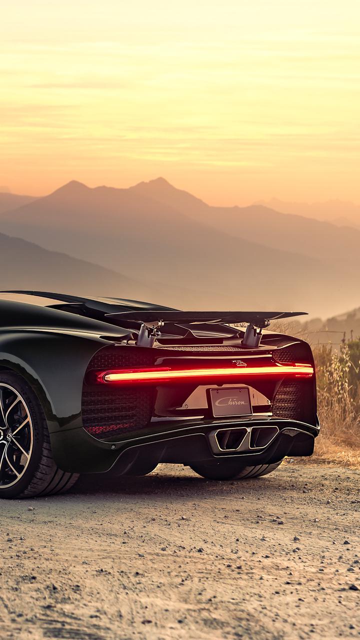 bugatti chiron rear 4k 8p 720x1280 1 - Fondos de pantalla de Coches Deportivos