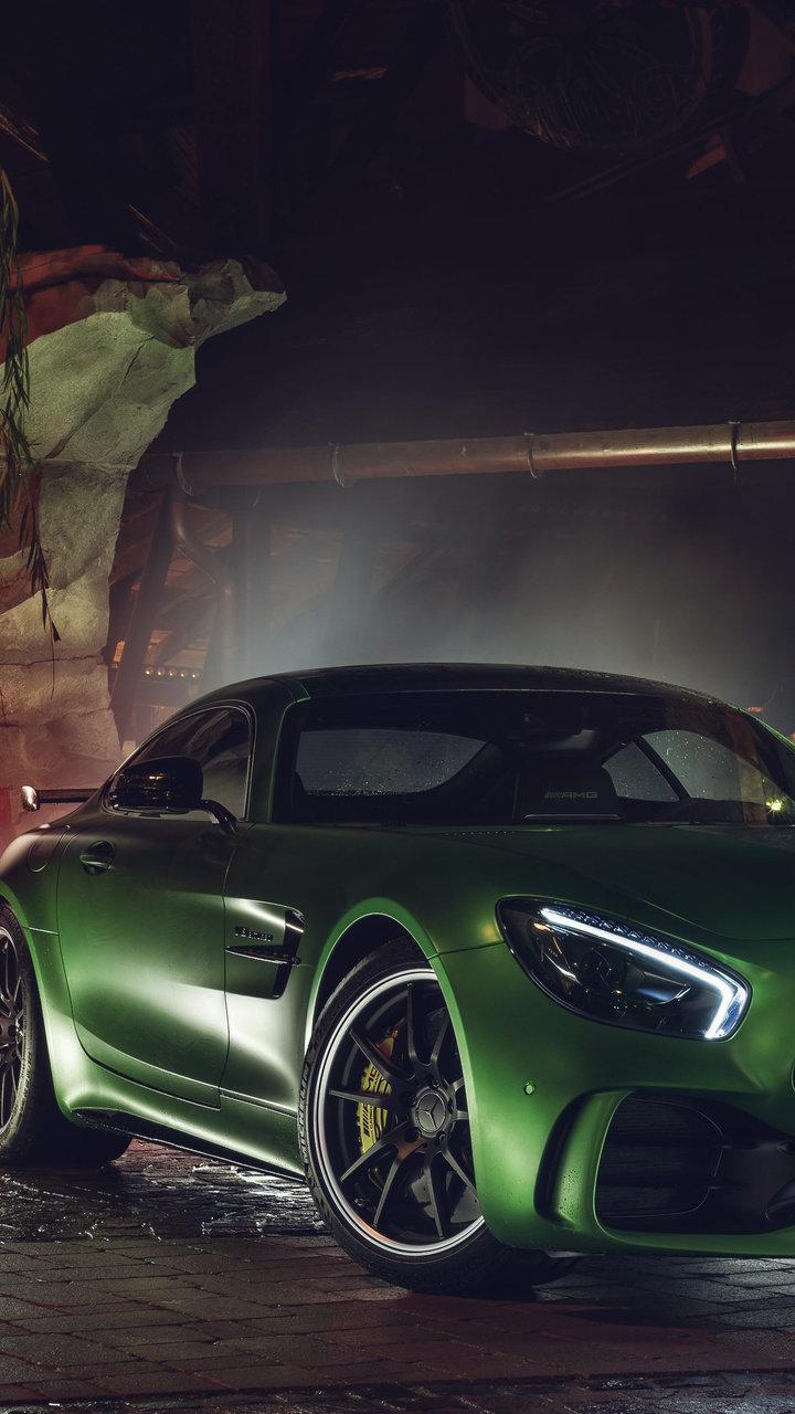 green mercedes amg gt r am 720x1280 1 - Fondos de pantalla de Coches Deportivos