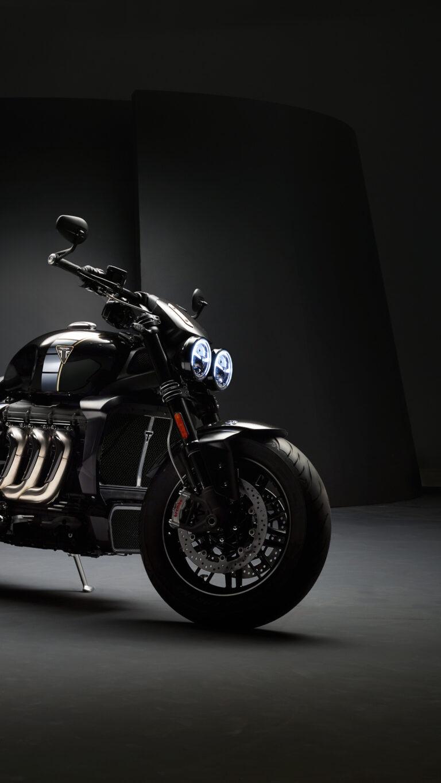 triumph rocket iii tfc 2019 8k 57 1080x1920 1 768x1365 - Los Mejores Fondos de Pantalla de Motocicletas
