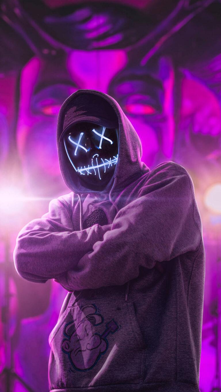 hoodie neon guy abstract 4k rp 1080x1920 1 768x1365 - 25 Fondos de Pantalla Neón que harán ver tu pantalla increible