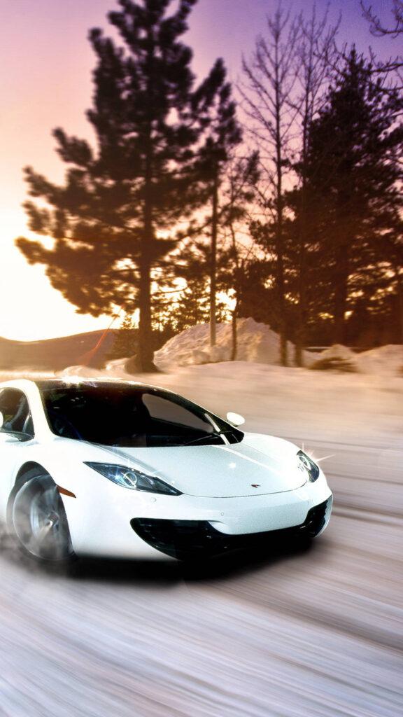 mclaren in snow h6 1080x1920 1 576x1024 - 50 Fondos de pantalla de McLaren para android
